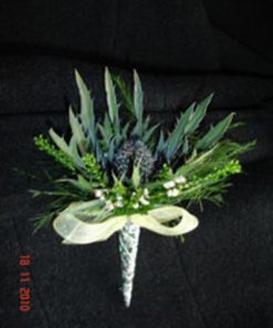 posy pin with kilt flowers